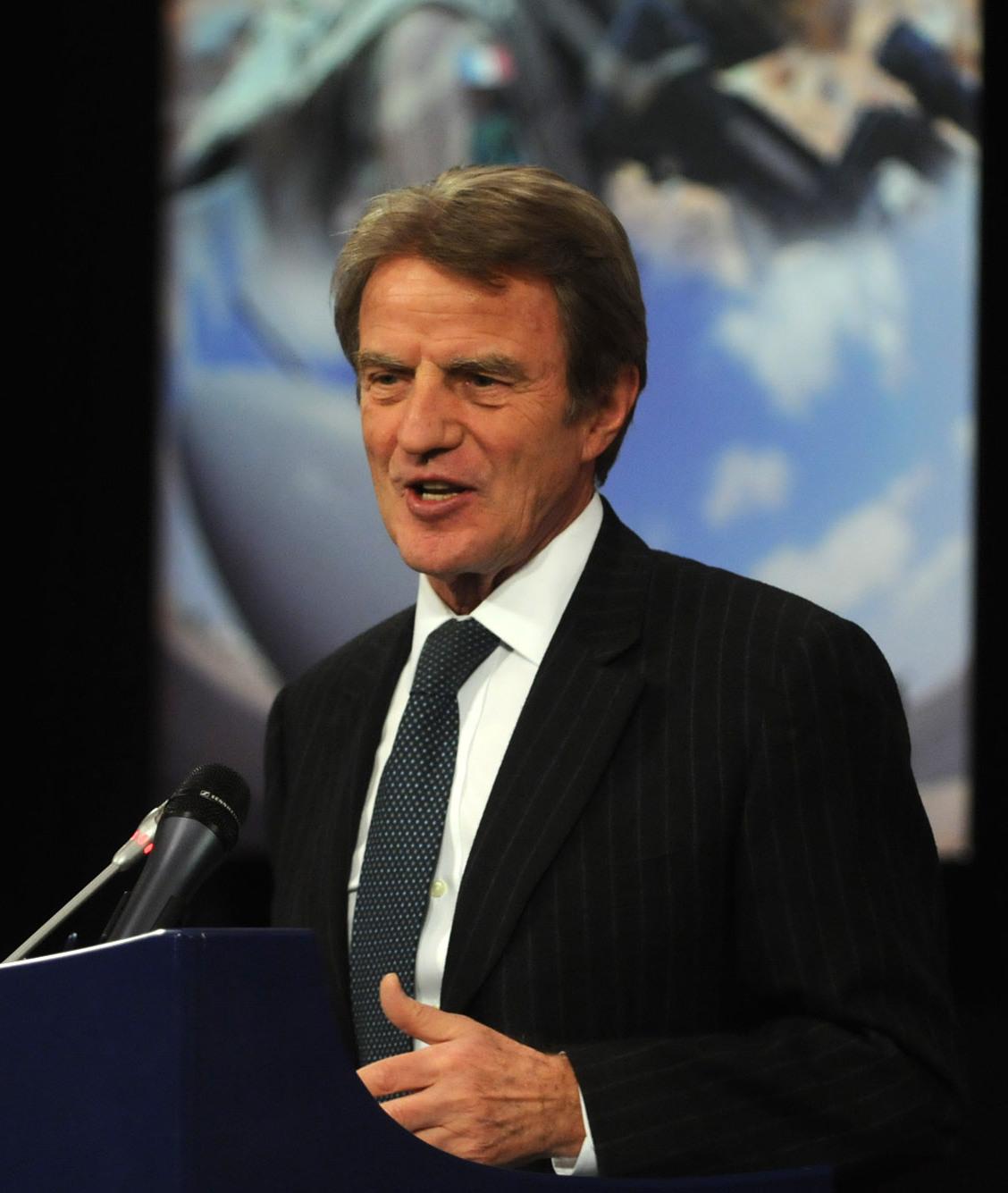 Bernard Kouchner speaker