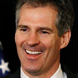Scott Brown fuels speculation for New Hampshire elections