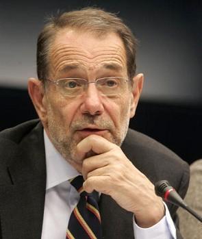 Javier Solana speaker