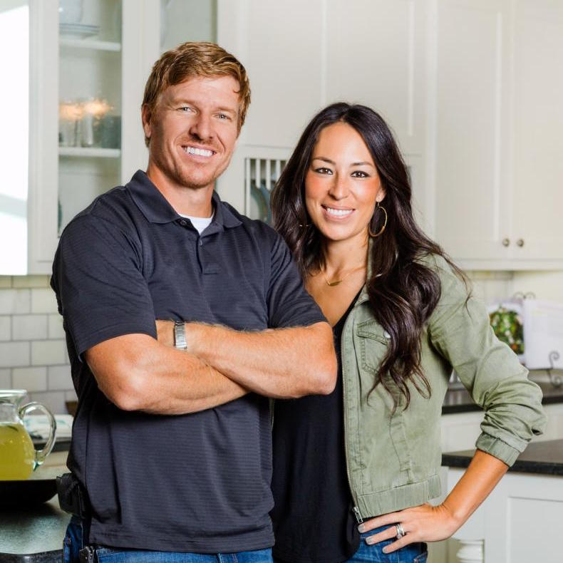 chip and joanna gaines speaker keynote speaker fee chartwell. Black Bedroom Furniture Sets. Home Design Ideas